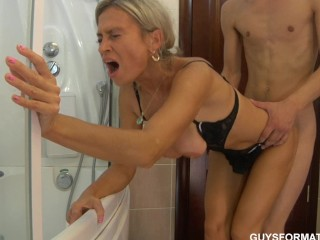 Moms blowjob movies