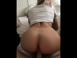 Solo milf striptease movies