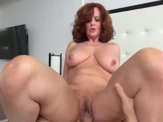 Uk milf solo
