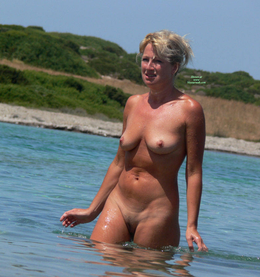 susie amy naked